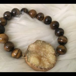 Jewelry - Beautiful Tigers Eye & Druzy Stone Bracelet, New